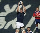Imanol Harinordoquy  wins a lineout for France