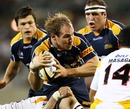 Rocky Elsom takes the ball on for the Brumbies