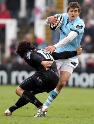 Leicester's Toby Flood skips through the Newcastle defence, Leicester Tigers v Newcastle Falcons, Guinness Premiership, Kingston Park, Newcastle, England, April 18, 2010