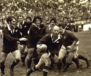 All Blacks scrum-half Sid Going makes a break, New Zealand v British & Irish Lions, Wellington, New Zealand, June 1, 1971