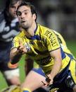 Clermont Auvergne scrum-half Morgan Parra spins a pass