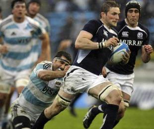 Scotland's John Barclary evades Argentina's Juan Martin Fernandez Lobbe, Argentina v Scotland, Estadio Jose Maria Minella, Mar del Plata, Argentina