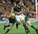 South Africa's Ryan Kankowski looks to offload