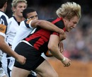Saracens' Jackson Wray is shackled by the Sale defence
