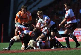 Lions scrum-half Jano Vermaak spins a pass