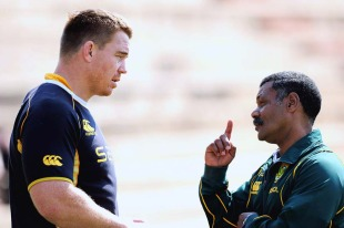 South Africa head coach Peter de Villiers talks tactics with captain John Smit, South Africa training session, Shimla Park, Bloemfontein, South Africa, August 30, 2010