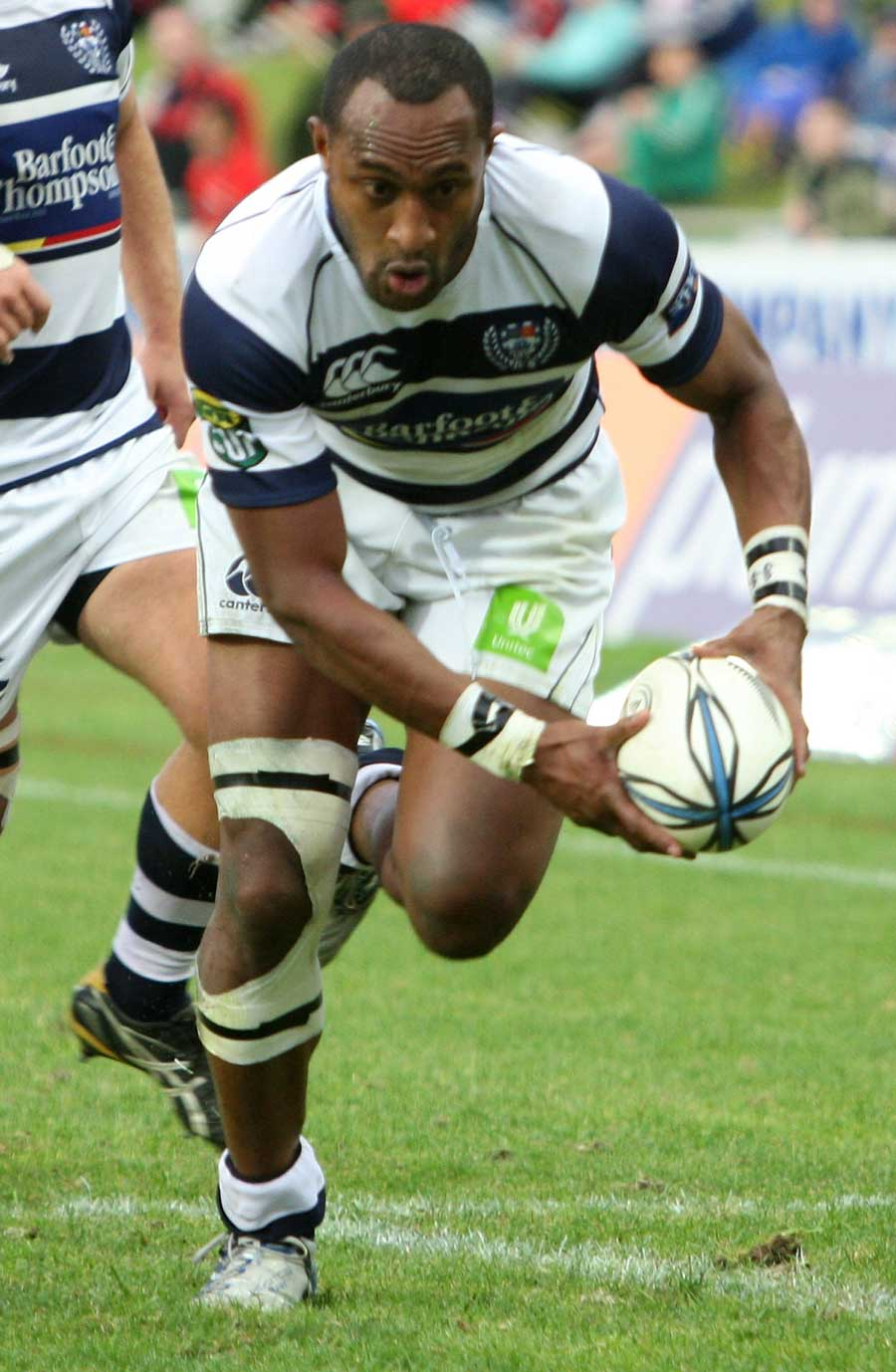 Auckland's Joe Rokocoko closes in on the line
