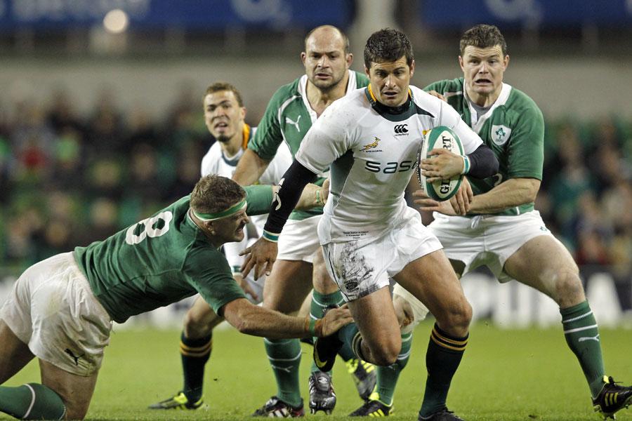 South Africa's Morne Steyn dodges the tacklers