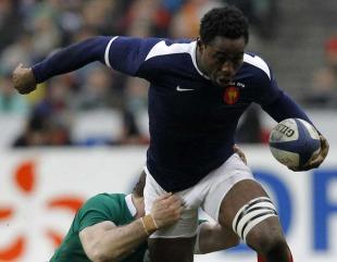 France flanker Fulgence Ouedraogo breaks a tackle, France v Ireland, Six Nations, Stade de France, Paris, France, February 13, 2010