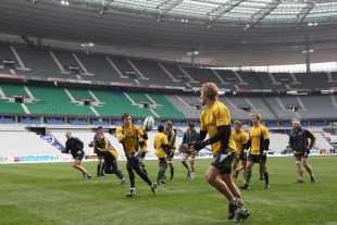 Adam Ashley-Cooper and Lachie Turner run a passing drill