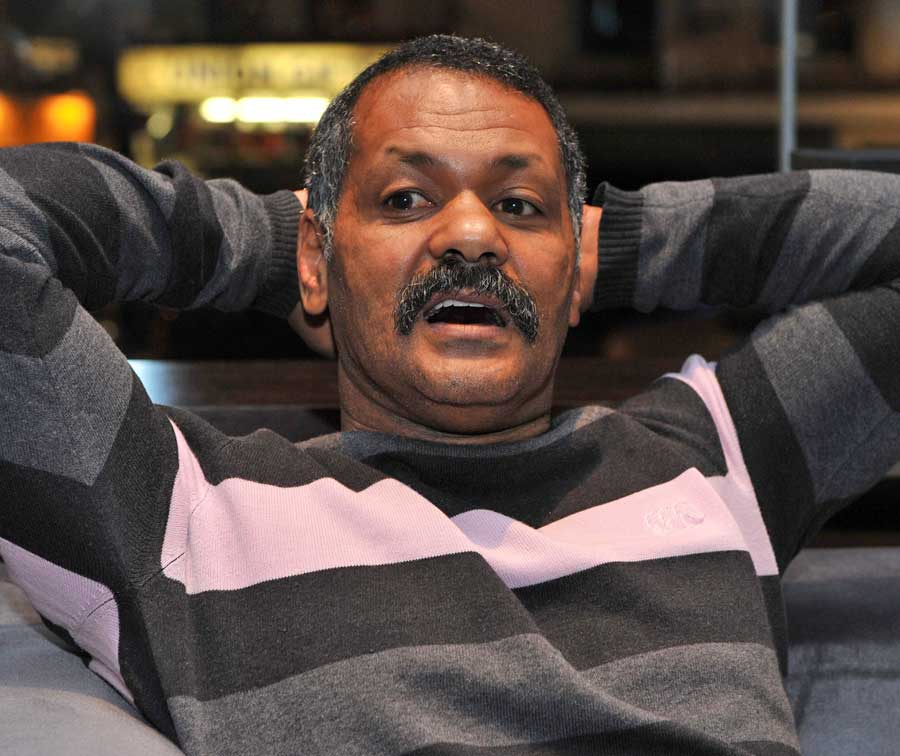 Springboks coach Peter de Villiers in relaxed mood, South Africa press conference, Royal Garden Hotel, London, England, November 28, 2010