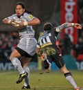 Leicester's Alesana Tuilagi evades Exeter's Mark Foster