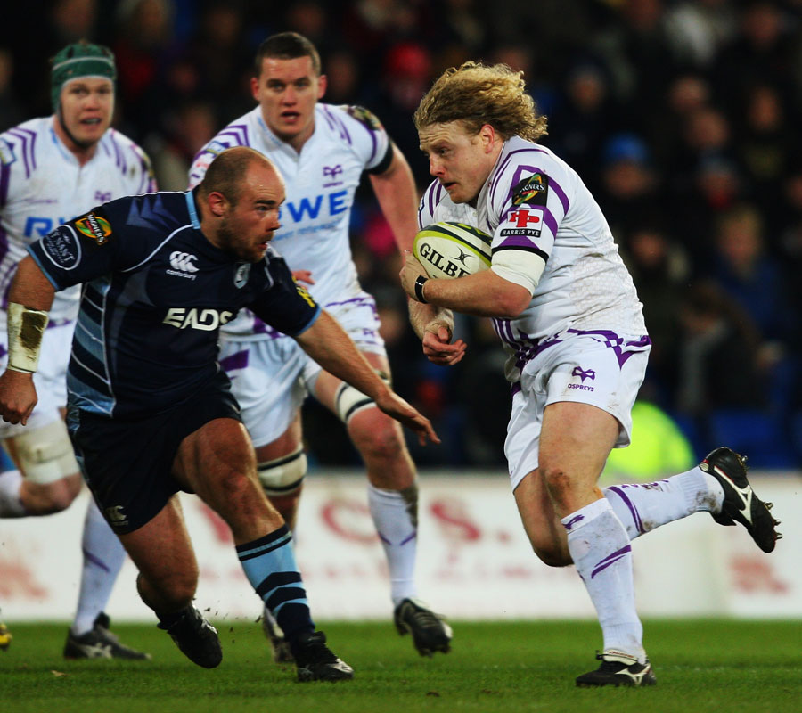 Duncan Jones leads the charge for the Ospreys