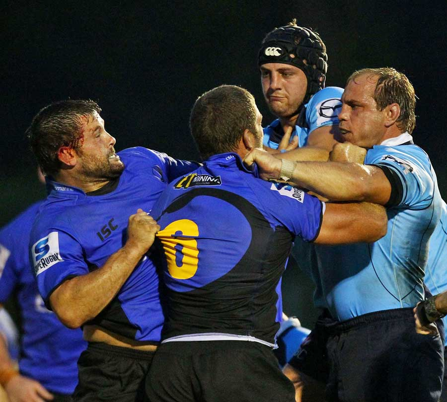 Tempers flare between the Waratahs and the Western Force