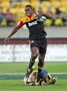 The Chiefs' Sitiveni Sivivatu exploits a gap