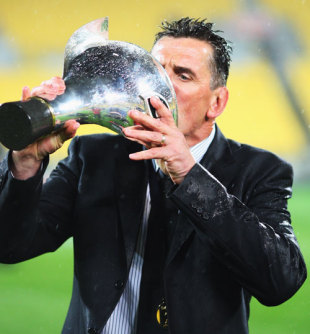 Canterbury coach Rob Penney drinks from the trophy following the Air New Zealand Cup final,  Wellington Lions v Canterbury,  Westpac Stadium, October 25, 2008