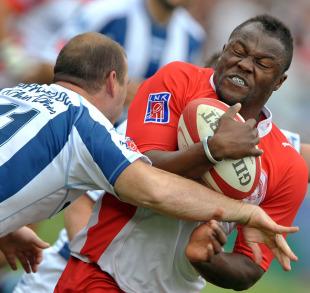 Biarritz's Takudzwa Ngwenya is tackled by Sam Gerber of Bayonne