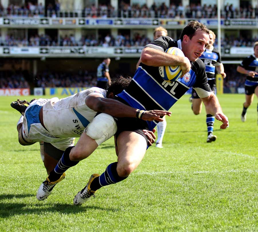 Bath's Matt Carraro crosses for a score