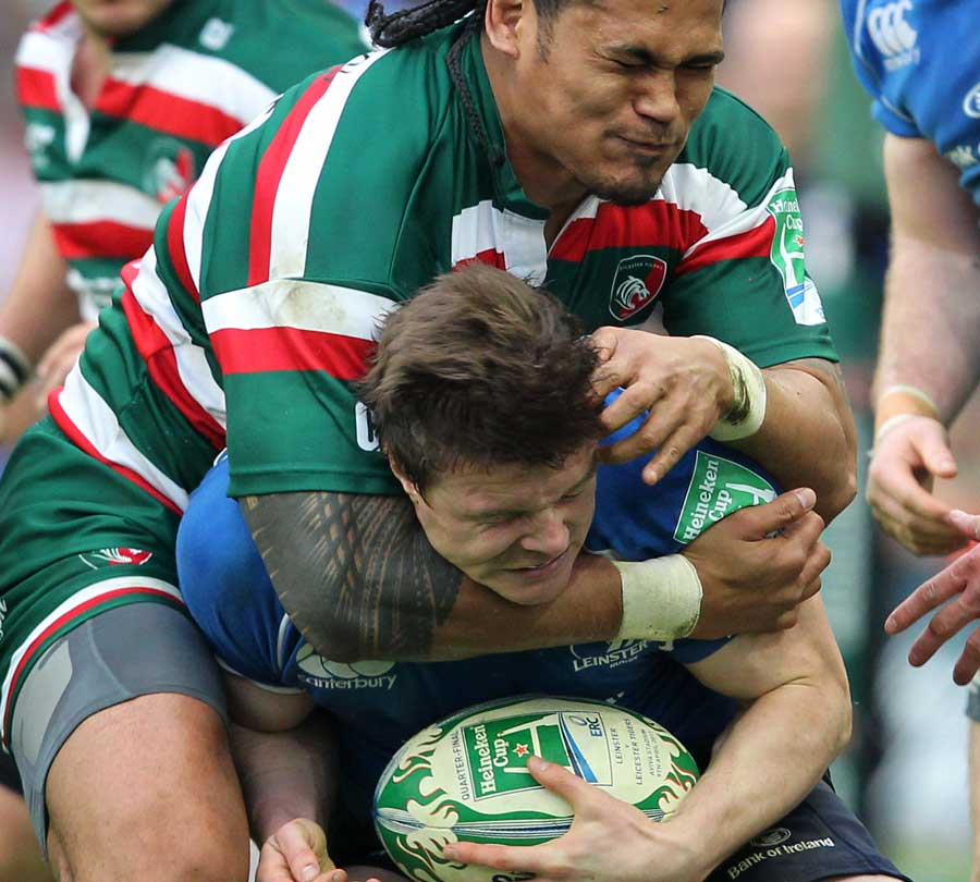 Leicester's Alesana Tuilagi tackles Leinster's Brian O'Driscoll