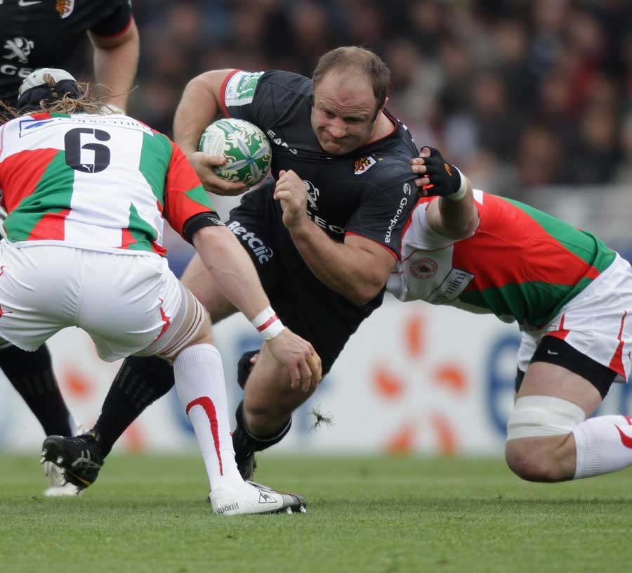 Toulouse's William Servat attempts to force an opening