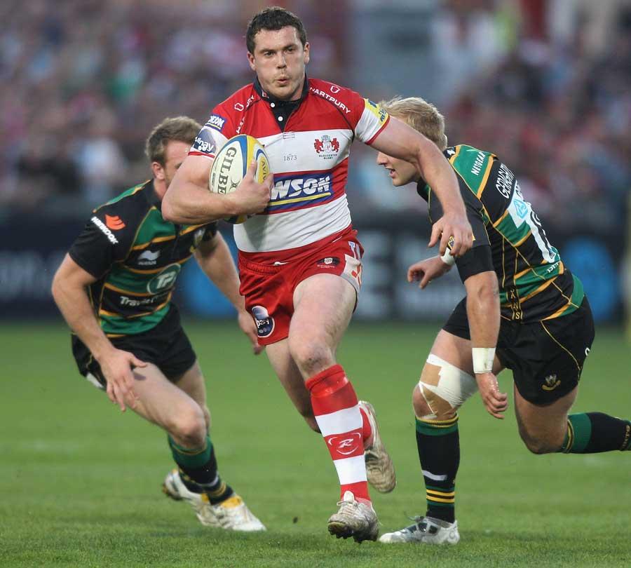 Gloucester's Tim Molenaar splits the Northampton defence
