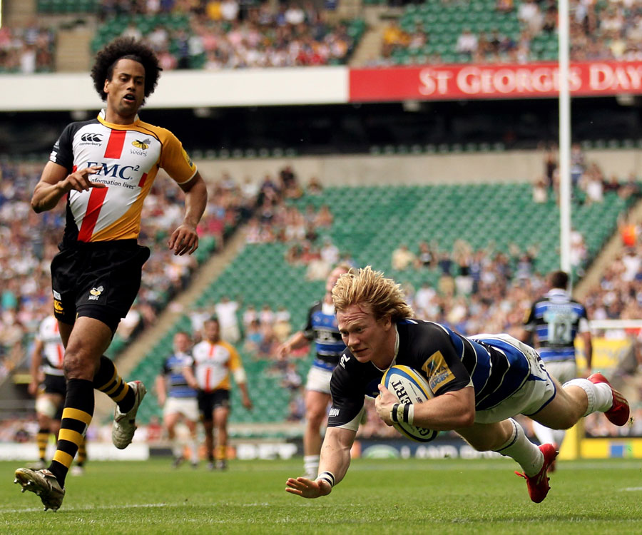 Tom Biggs dives in to score for Bath against Wasps