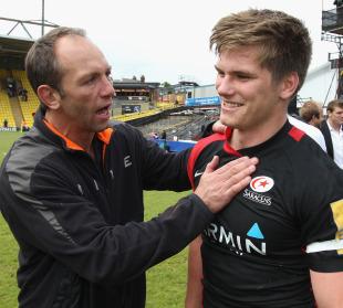 Saracens' technical director Brendan Venter congratulates Owen Farrell