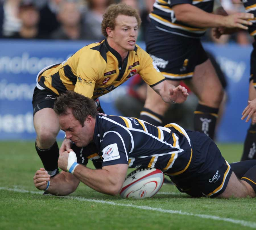 Worcester's Kai Horstmann loses the ball as he closes in on the line