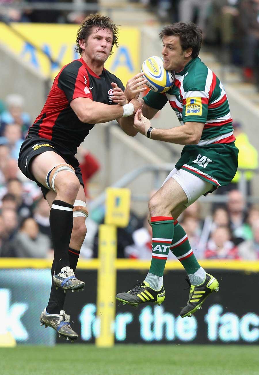 Leicester's Matt Smith and Saracens' Ernst Joubert jump for the ball