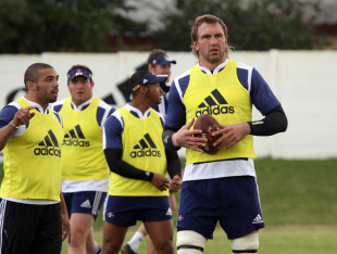 Andries Bekker at Stormers training