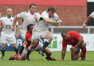 England prop Matt Mullan charges forward