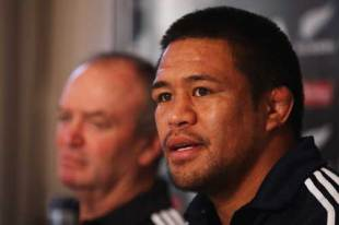 Keven Mealamu (R), captain of the All Blacks, and head coach Graham Henry speak at the captains press conference at the team hotel prir to the captains run at Murryfield in Edinburgh, Scotland on November 7, 2008 .