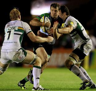 Harlequins fly-half Nick Evans attempts to find a gap