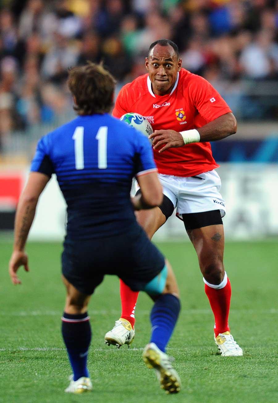 Tonga's Vunga Lilo lines up Alexis Palisson