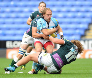 Worcester's Andy Goode runs into trouble