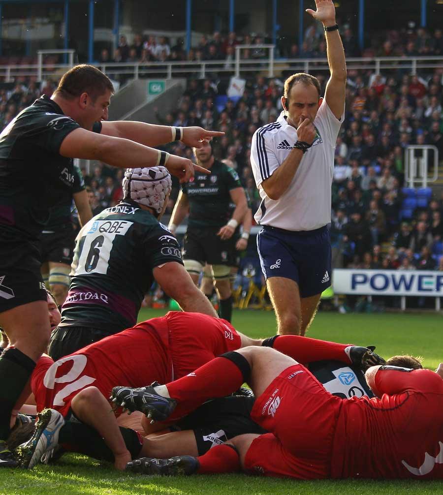 London Irish's Ross Samson gets across the tryline