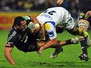Clermont's Ludovic Radosavljevic tackles Aironi's Sinoti Sinoti