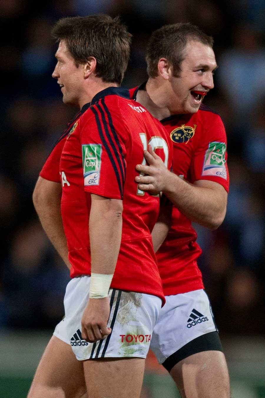 Munster's Ronan O'Gara celebrates his last minute drop-goal against Castres