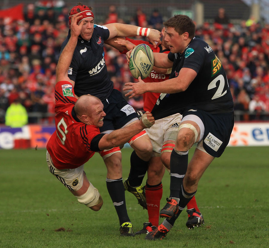 Scarlets fullback Rhys Priestland struggles to break free