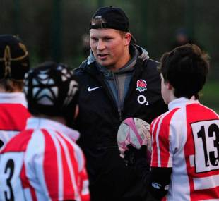 England's Dylan Hartley passes on some words of wisdom