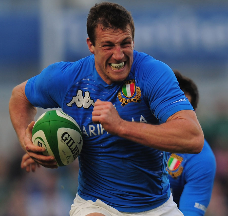 Italy's Tommaso Benvenuti surges forward