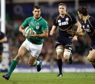 Ireland's Rob Kearney breaks clear
