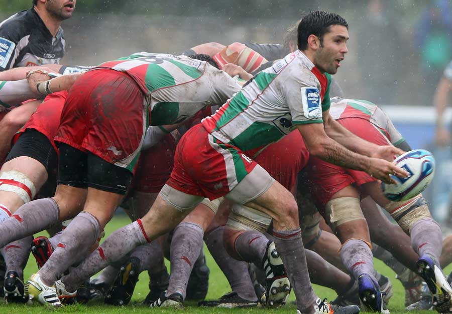 Biarritz's Dimitri Yachvili gets the ball away