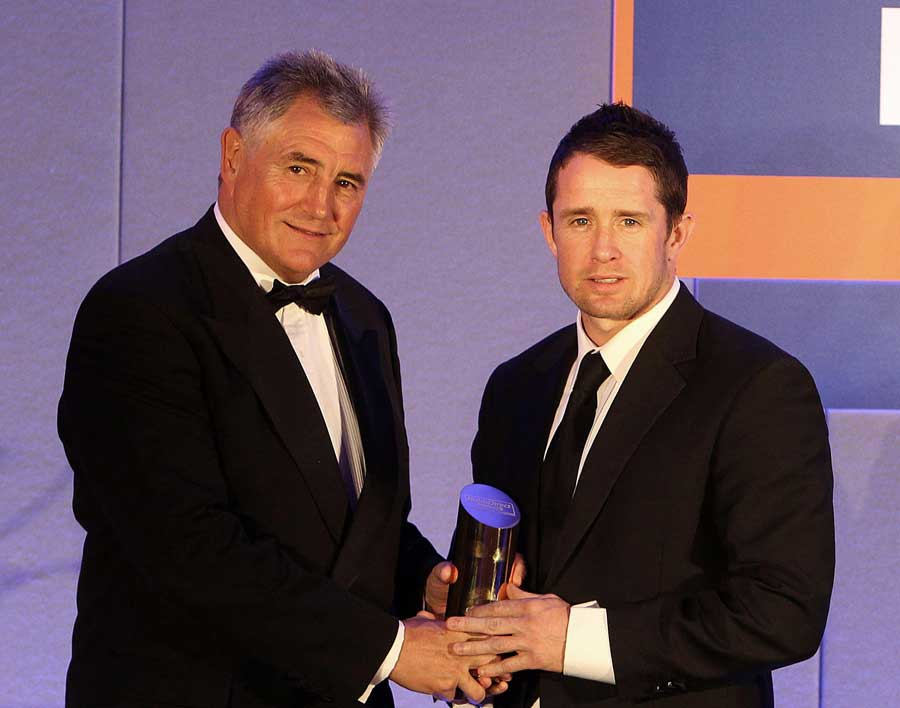 Shane Williams receives the Chairman's Award at the RaboDirect PRO12 Awards