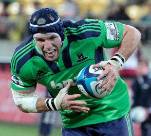James Haskell burst forward for the Highlanders. Hurricanes v Highlanders, Westpac Stadium, Wellington, New Zealand, March 17, 2012