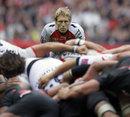Toulon's Jonny Wilkinson casts an eye over a scrum