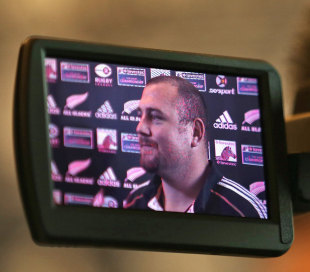 New Zealand's Tony Woodcock is centre of attention