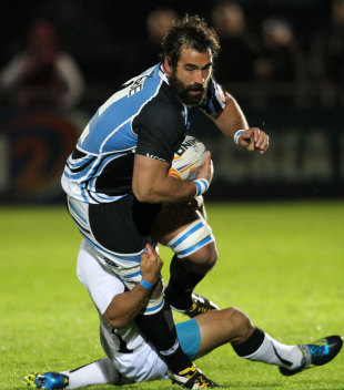 Glasgow's Josh Strauss on the charge