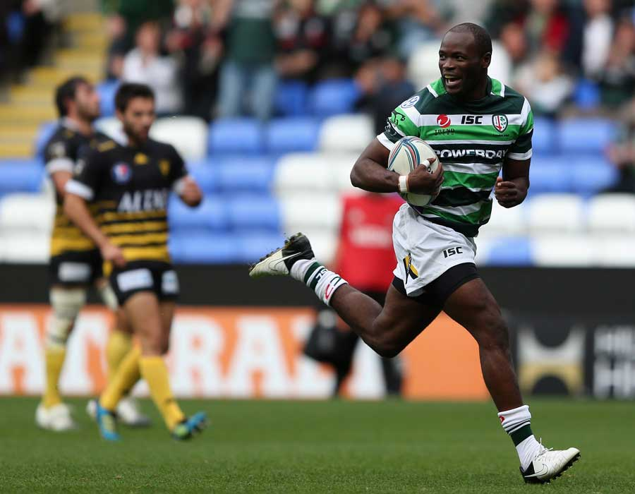 London Irish's Topsy Ojo races away to score