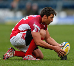 London Welsh's Gavin Henson lines up a kick
